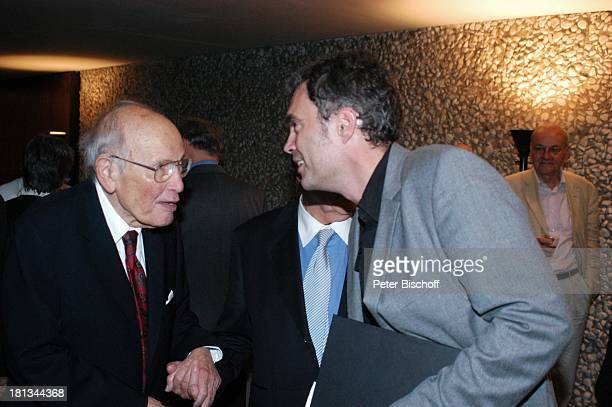 Curth Flatow J o h a n n e s H e e s t e r s Enkel Johannes Fischer AftershowParty nach Ausstellungseröffnung J o h a n n e s H e e s t e r s auf den...