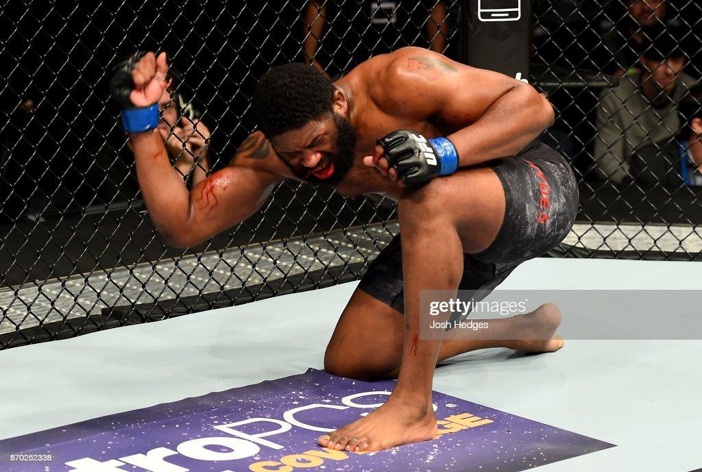 UFC 217: Oleinik v Blaydes : News Photo