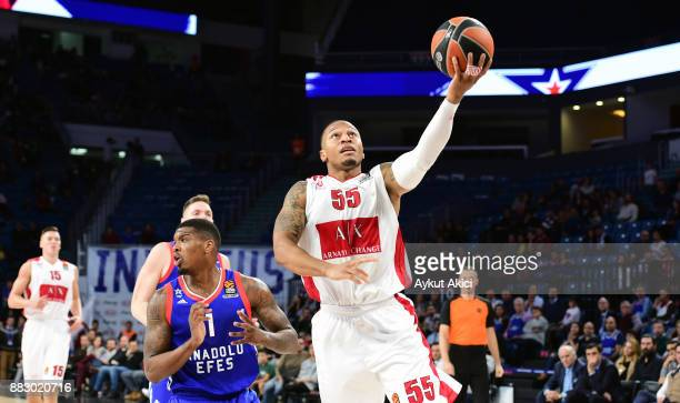 Curtis Jerrells #55 of AX Armani Exchange Olimpia Milan in action during the 2017/2018 Turkish Airlines EuroLeague Regular Season game between...