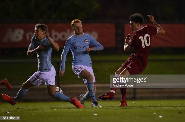 Curtis Jones of Liverpool comes close during the U18 Premier League match between Liverpool U18 and Manchester City U18 at The Academy on November 28...