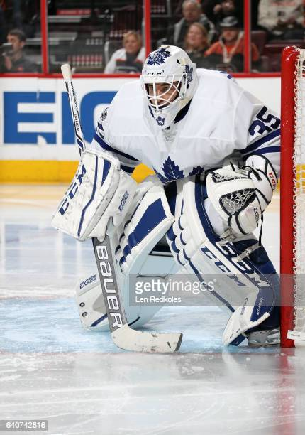 Curtis McElhinney of the Toronto Maple Leafs prepares to stop a shot on goal against the Philadelphia Flyers on January 26 2017 at the Wells Fargo...