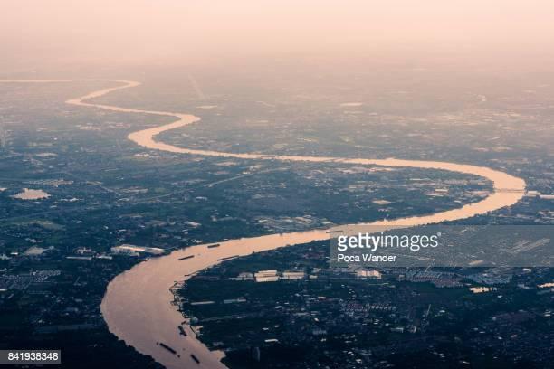 Curve river