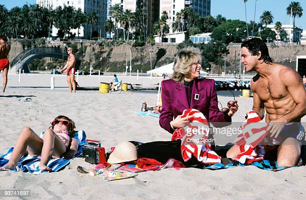 S THE BOSS 'Custody Part I' Season Two 11/5/85 Samantha and Tony enjoyed the beach while Angela battled her exhusband for custody of Jonathan