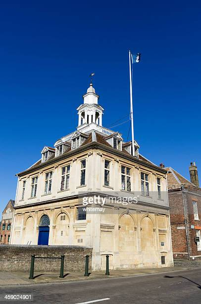 Custom House, King's Lynn, from the road