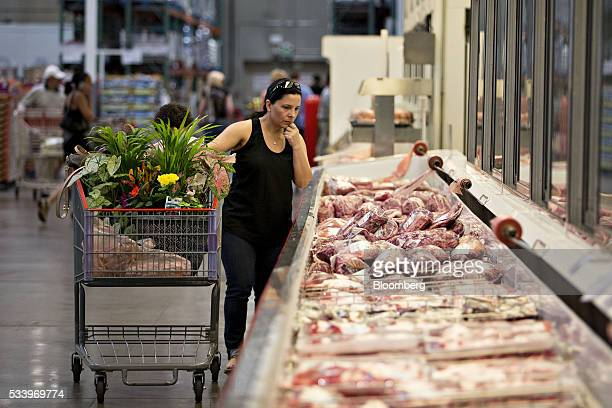 A customer browses a display of meat at a Costco Wholesale Corp store in Naperville Illinois US on Monday May 23 2016 Costco Wholesale Corp the...