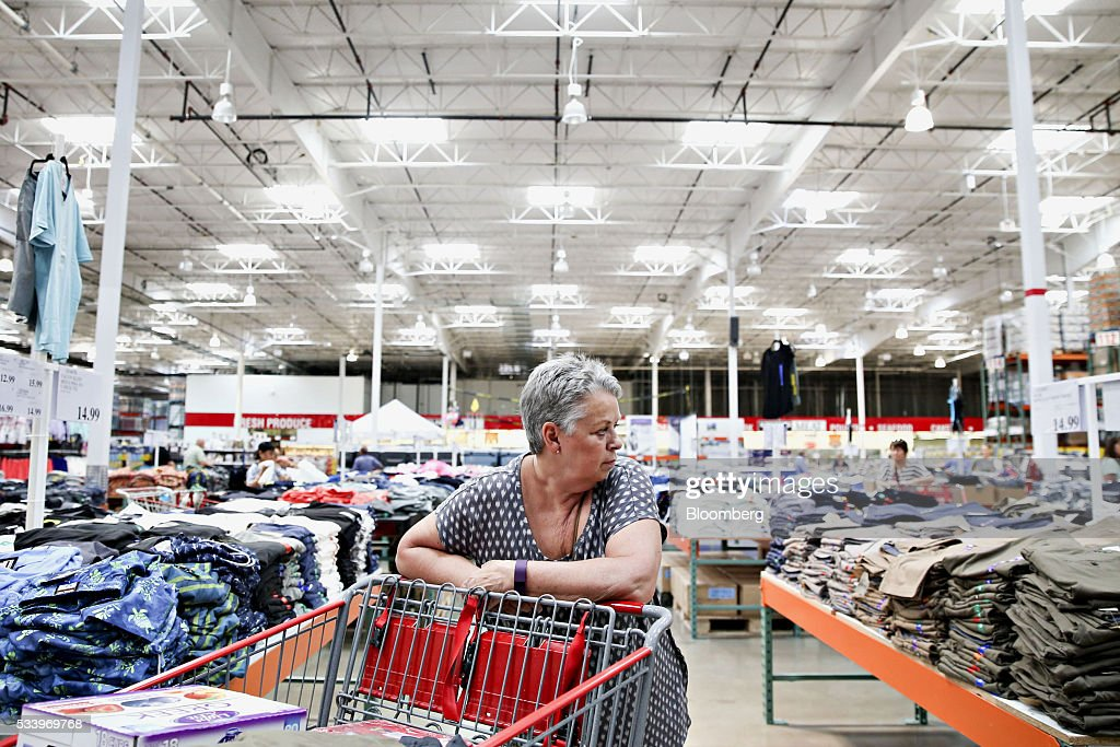 Inside A Costco Wholesale Corp. Store Ahead Of Earnings Figures : News Photo