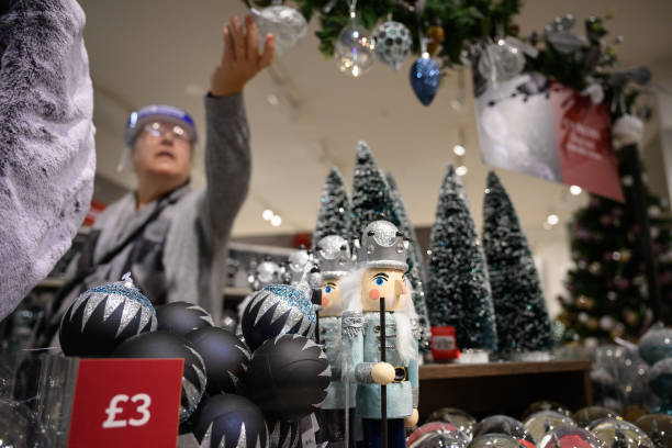 GBR: British Retail Consortium Urge Shoppers To Buy Early For Christmas