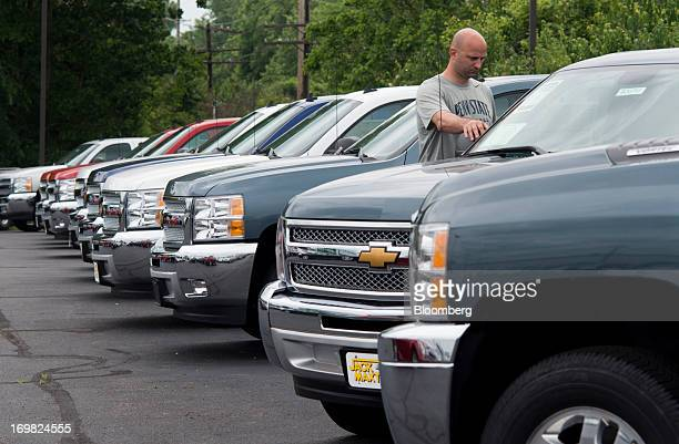 Chevrolet Dealers Columbus Ohio >> World S Best Customers Shop For Cars At A Chevrolet