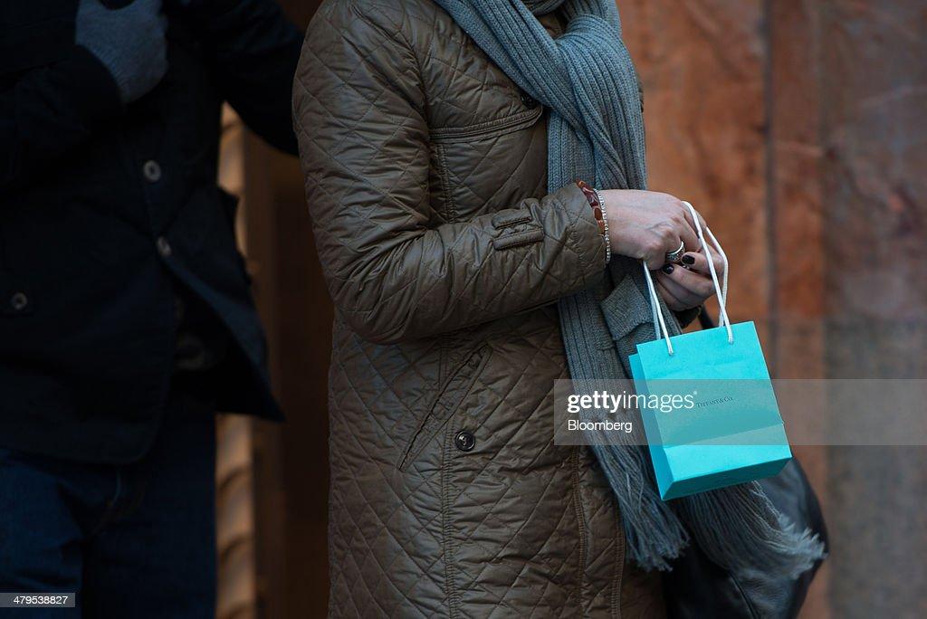 Tiffany & Co. Ahead of Earns Figures : News Photo