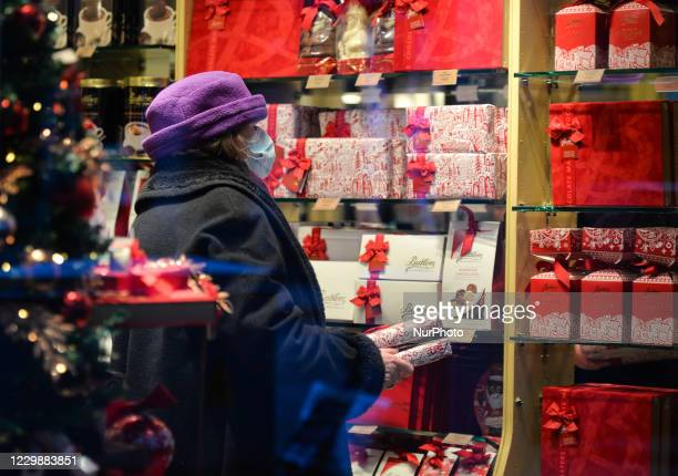 Customer choosing a box of Butlers chocolates, inside Butlers, in Dublin city center. Taoiseach Micheal Martin announced last Friday plans for the...