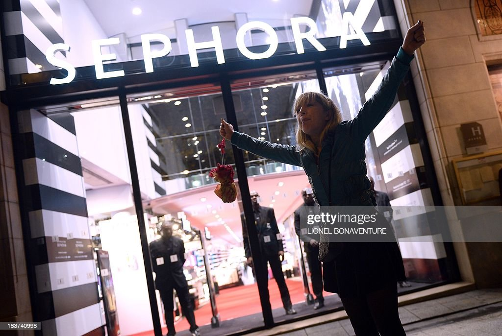 A customer complains after the flagship store of French cosmetics maker Sephora on the Champs-Elysees in Paris closed its doors at 9 pm for the first time on October 9, 2013 following a court order. French cosmetics maker Sephora has said it would appeal the court order to close its flagship Paris store by 9 pm after it became the latest casualty of a much-contested law banning late-night work.