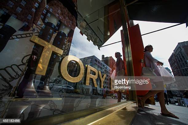 A customer exits a Tory Burch LLC store on Madison Avenue in New York US on Wednesday Sept 3 2014 The Bloomberg Consumer Comfort Index a survey which...