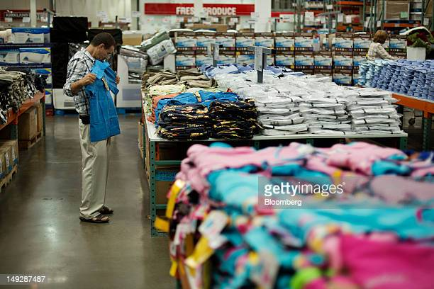 30 Inside A Costco Wholesale Corp Ahead Of Personal