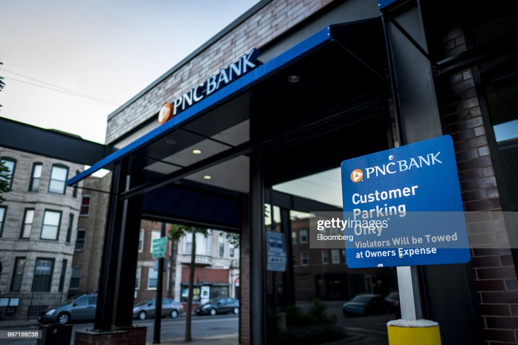 A PNC Financial Services Group Inc. Branch Ahead Of Earnings Figures