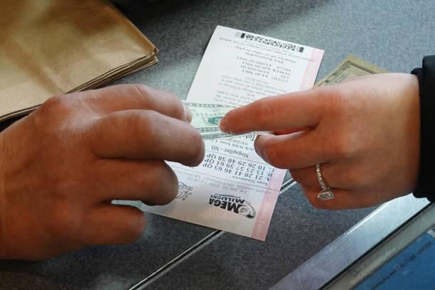 IL: Mega Millions Jackpot Nearly 1 Billion Dollars