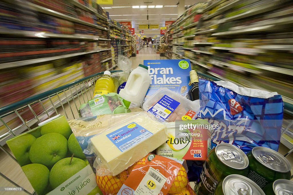 customer-pushes-a-shopping-cart-through-the-food-aisles-at-a-in-uk-picture-id103906273?profile=RESIZE_400x