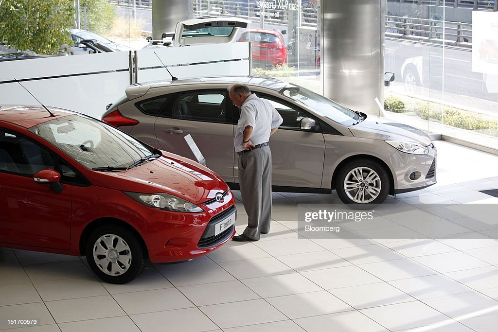 Inside A Ford Motor Co Dealership As Cost Of Vehicle Ownership Rises ...