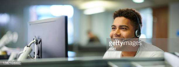customer service representative - assistance stock pictures, royalty-free photos & images