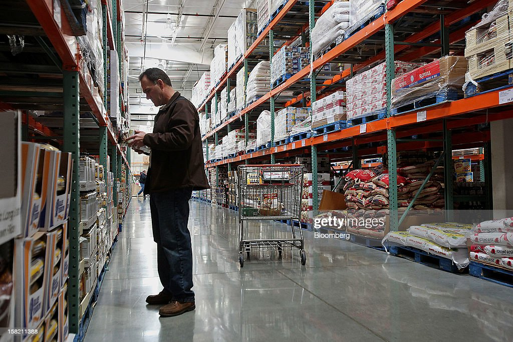 Costco Mount Prospect >> A Customer Shops At A Costco Wholesale Corp Store In Mount