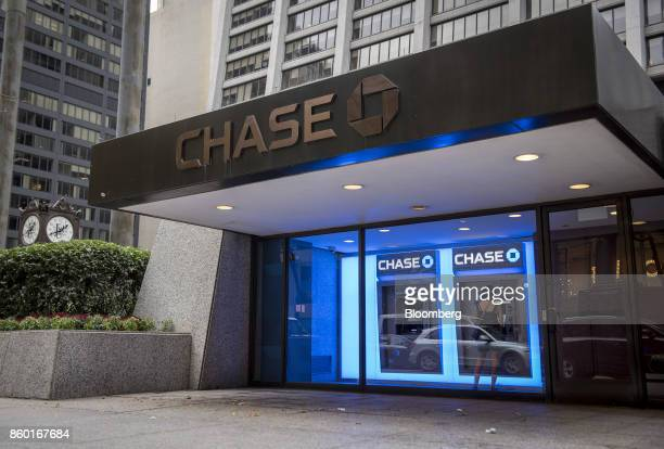 jpmorgan chase co bank branch ahead of earnings figures ストック