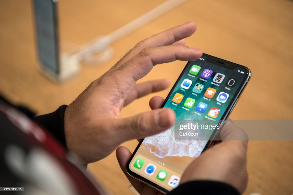 Apple Launch iPhone X In The U.K : News Photo