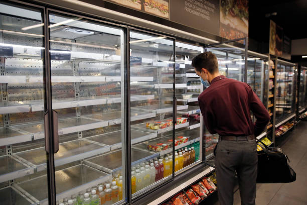 FRA: Marks & Spencer Will Scale Back Its French Stores Due To Supply Crisis
