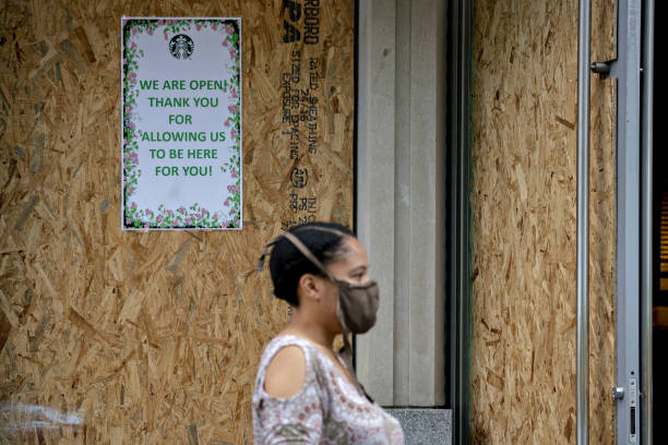 DC: Boarded Up Retailers As D.C. Curfew Lifted