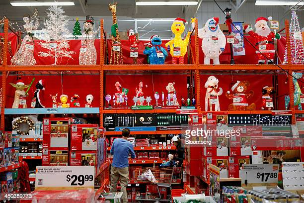 home depot christmas decorations 2013 home depot christmas decorations stock photos and pictures 12939