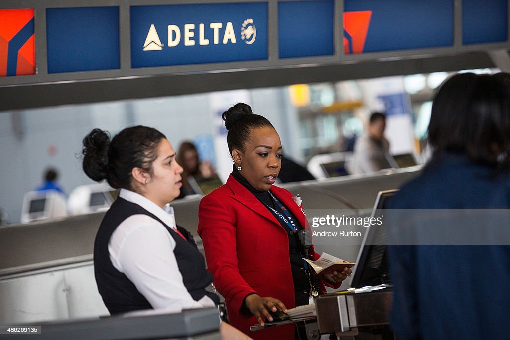 Delta Reports Higher Than Expected Quarterly Earnings : News Photo