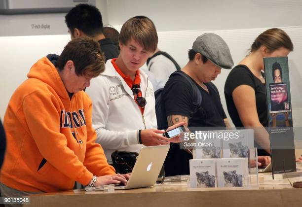 Customers check out products at the Apple store on Michigan Avenue August 28 2009 in Chicago Illinois Apple today began selling Snow Leopard the...
