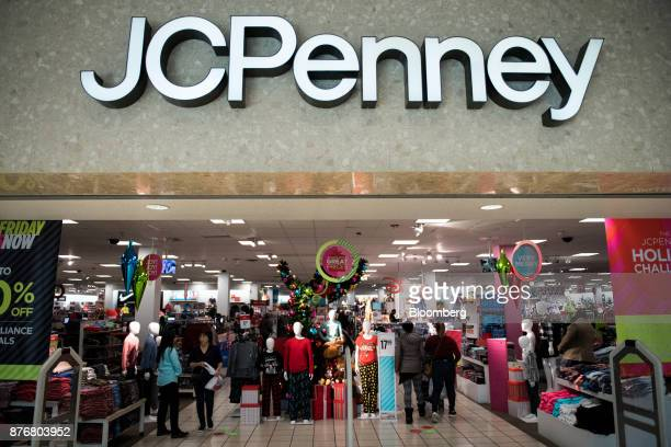 Customers Enter A Jc Penney Co In The Queens Borough Of New York Us On