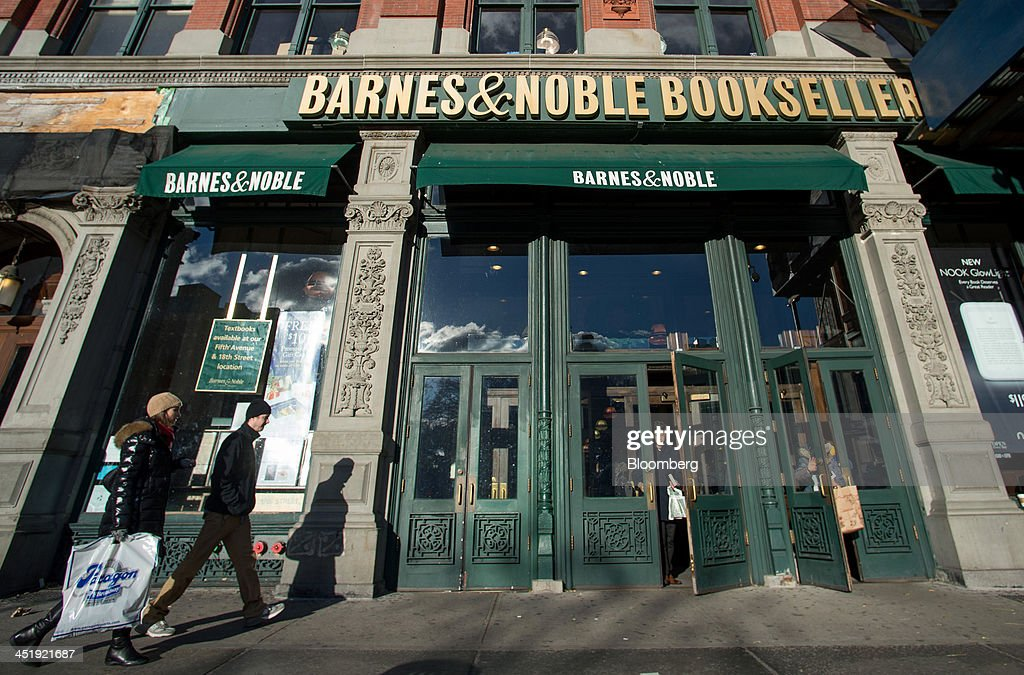 A Barnes & Noble Store Ahead Of Earnings Figures : News Photo