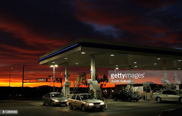 Arco Gas Station >> Arco Gas Station Premium Pictures Photos Images Getty