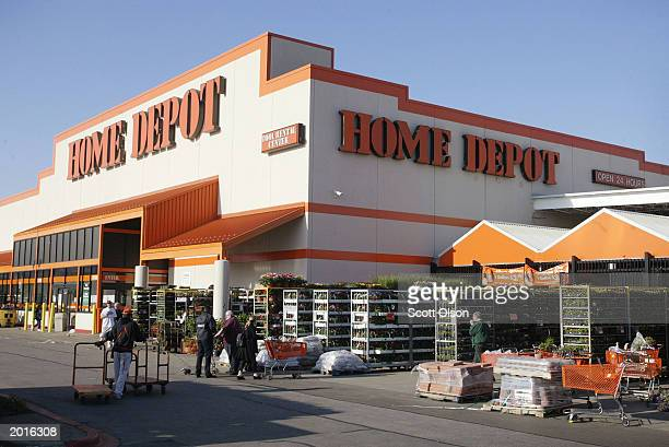 10 205 20 Home Depot Photos And Premium High Res Pictures Getty Images