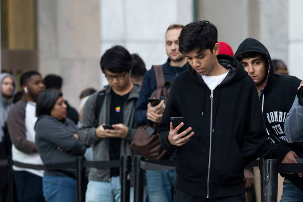 NY: Consumers Line Up As Apple's iPhone 11 Goes On Sale In Stores