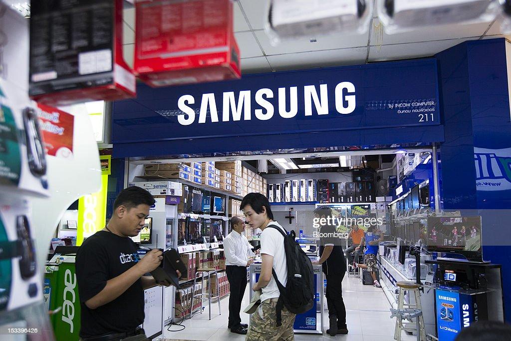 Foto's en beelden van Images Of Samsung Products As 3rd ...
