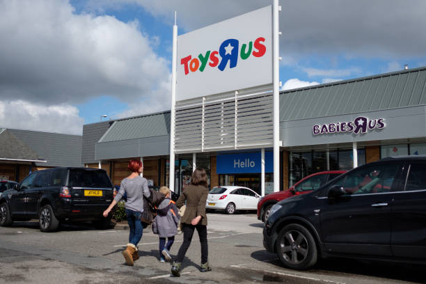Toys R Us To Close 12 Nj Stores