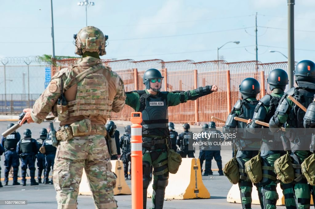 US-MEXICO-BORDER-SECURITY-IMMIGRATION : News Photo
