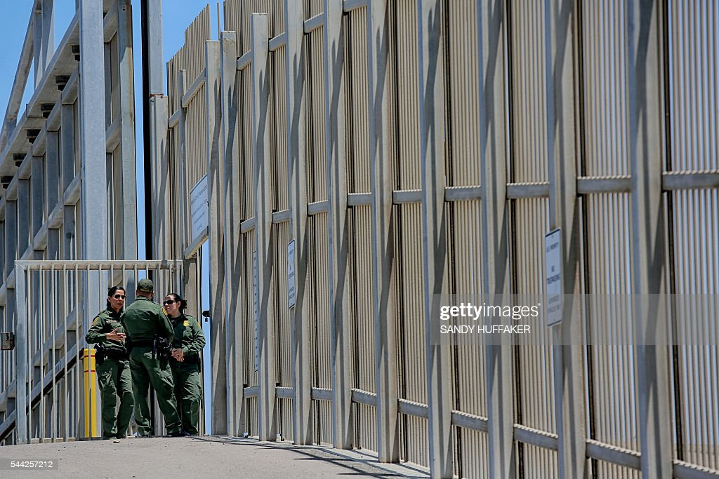 us customs and border protection agents patrol the united states