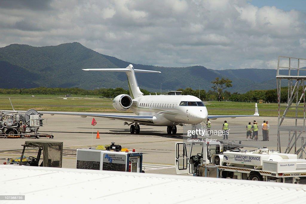 Oprah Winfrey Arrives In Cairns : News Photo