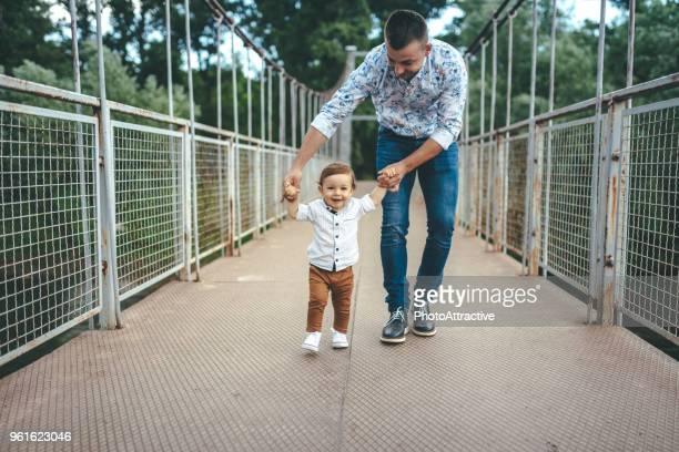 linda bebê - primeiros passos - fotografias e filmes do acervo