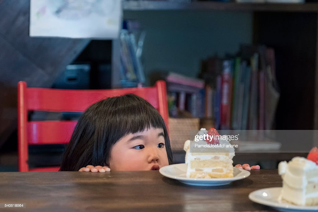 Fine Cute Japanese Toddler Girl Looking At Birthday Cake On Table High Birthday Cards Printable Benkemecafe Filternl