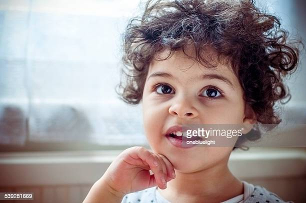 people: cute portrait of smiling child (3-4) - onebluelight stock pictures, royalty-free photos & images