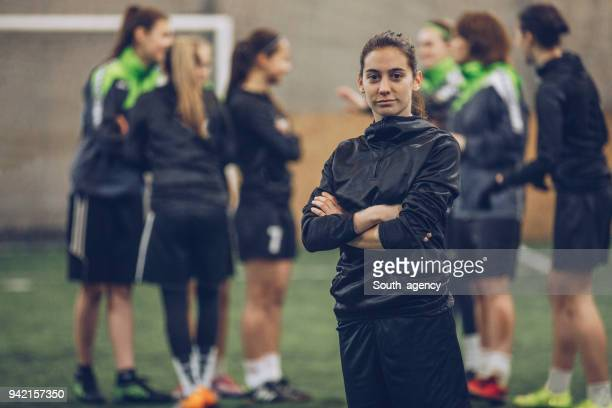 cute soccer player - women's football stock pictures, royalty-free photos & images