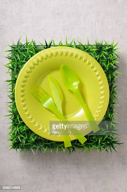 cutlery - plastic plate stock pictures, royalty-free photos & images