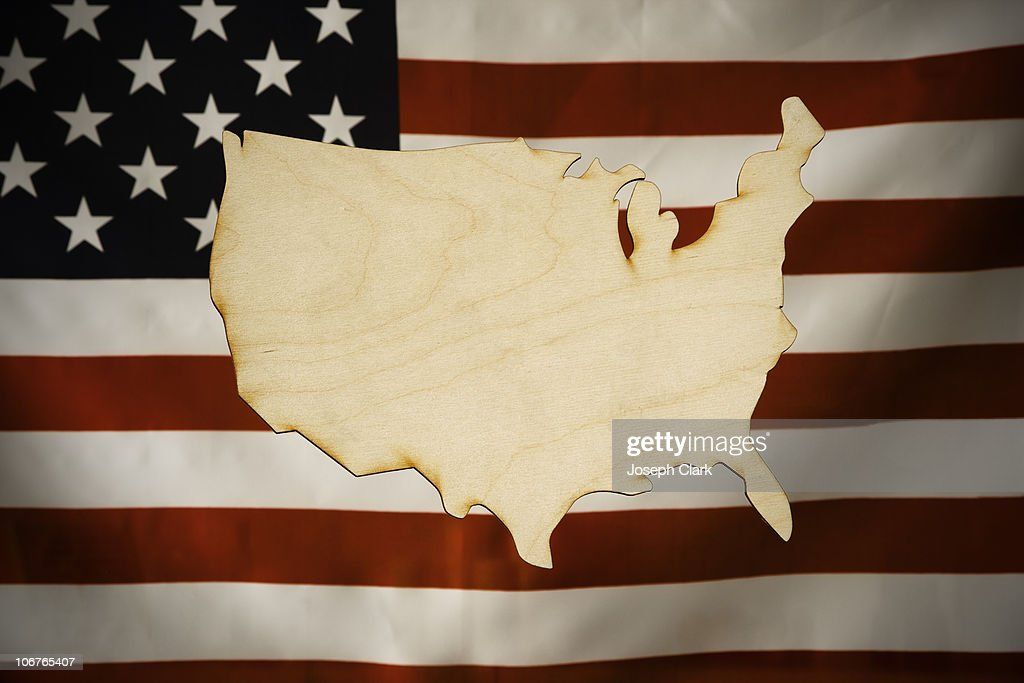 Cut-Out Map of America made of wood : Bildbanksbilder