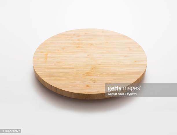 cutting board against white background - cutting board stock pictures, royalty-free photos & images