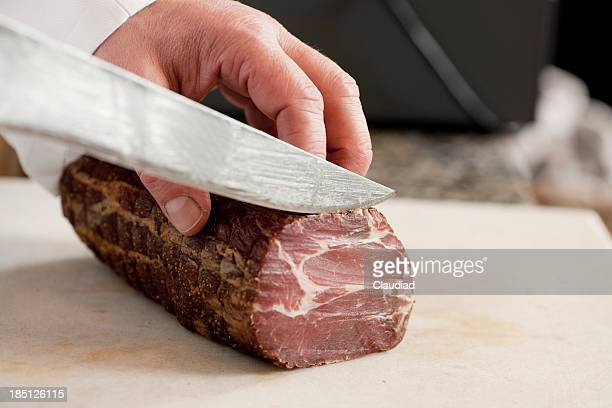 Cutting ham