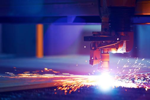 Cutting metal by plasma laser 451334311