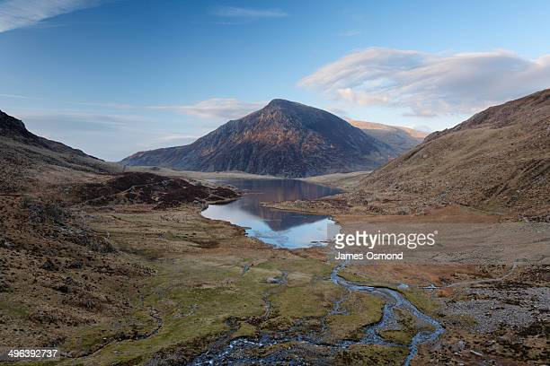 cwm idwal national nature reserve. - snowdonia stock photos and pictures